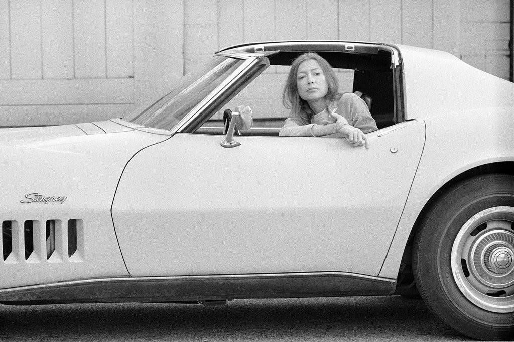 Julian-Wasser-Joan-Didion-Stingray